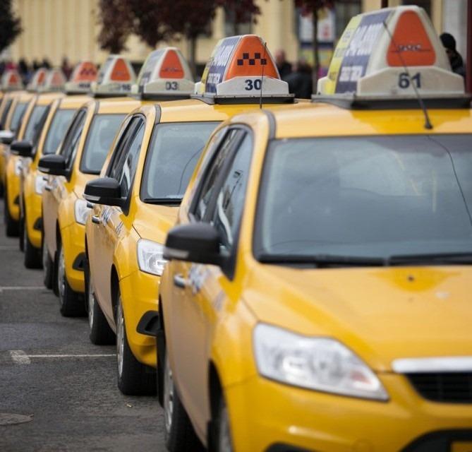 Выгодно ли работать в такси на арендованной машине
